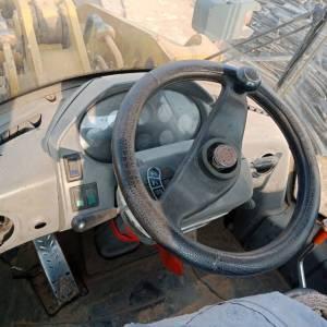 雷沃956装载机